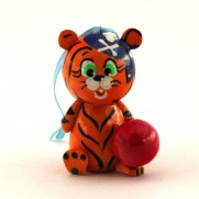 Тигр с мячиком ТС-011204б
